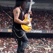 100618_050_slash_paris