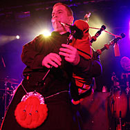 110517_038_red-hot-chilli-pipers_aschaffenburg